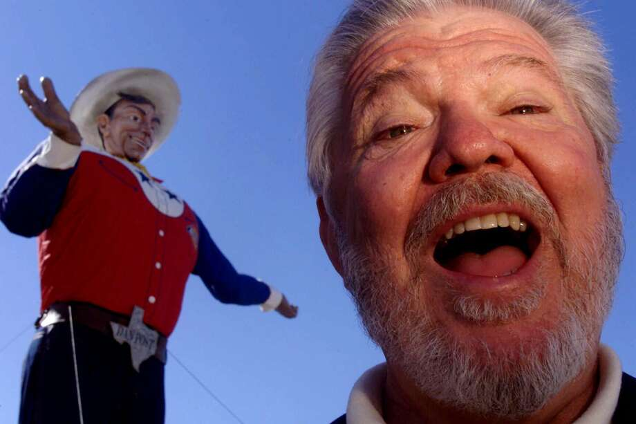 Dan Alexander is seen Wednesday, Sept. 22, 1999 at the fairgrounds in Dallas. Alexander began lending his drawl as the voice of Big Tex. Photo: HUY NGUYEN, AP / DALLAS MORNING NEWS