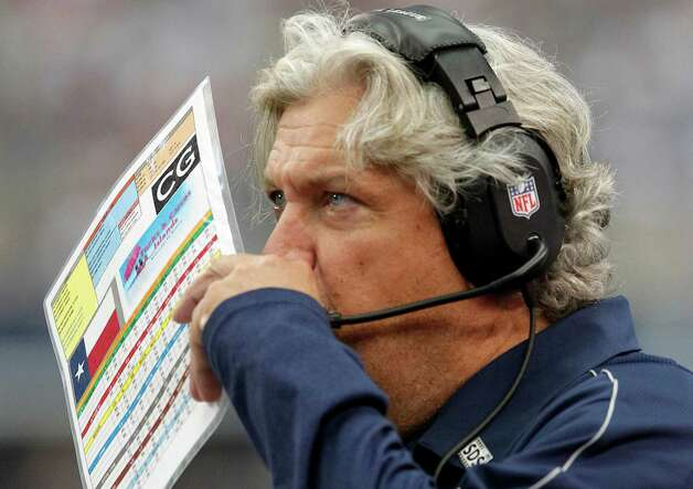 Dallas Cowboys defensive coordinator Rob Ryan works the sideline against the Tampa Bay Buccaneers during the second half of an NFL football game, Sunday, Sept. 23, 2012 in Arlington, Texas. (AP Photo/Tim Sharp) Photo: Tim Sharp, Associated Press / FR62992 AP