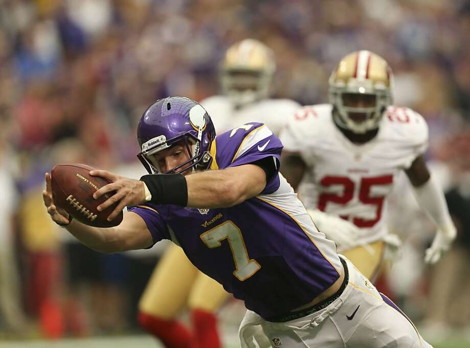 Christian Ponder scrambles 23 yards for the Vikings touchdown in the second quarter at Mall of America Field in Minneapolis, Minnesota, on Sunday, September 23, 2012. The Minnesota Vikings beat the San Francisco 49ers, 24-13. (Jeff Wheeler/Minneapolis Star Tribune/MCT) Photo: Jeff Wheeler, McClatchy-Tribune News Service