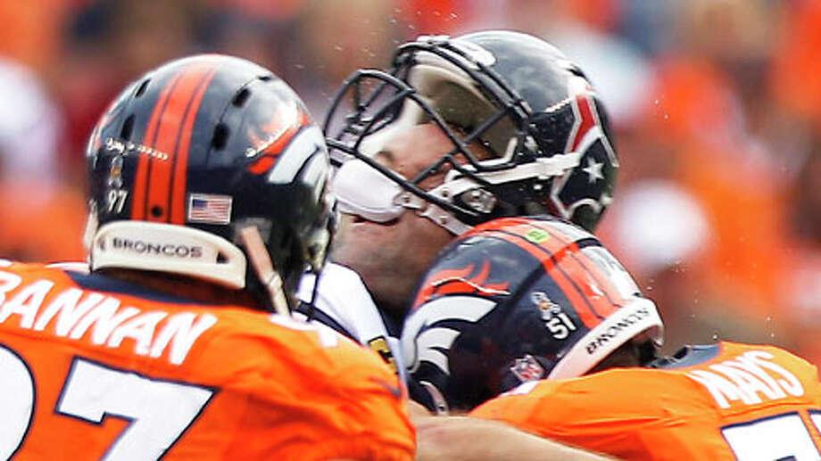 Who lost his head: Matt Schaub, Texans. Who did the headhunting: Denver Broncos. Photo: Brett Coomer, . / © 2012  Houston Chronicle
