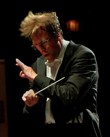 Eckart Preu leads The Stamford Symphony in a performance, Sweeping Romance, at the Palace Theatre on Saturday and Sunday, Oct. 6 and 7. Photo: Contributed Photo / Connecticut Post Contributed