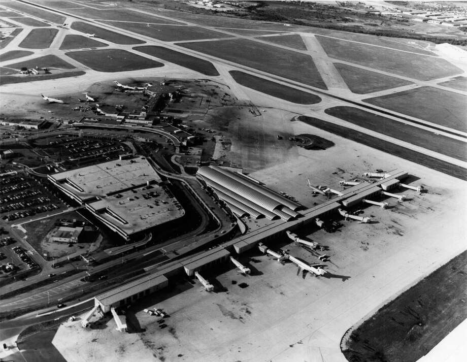 Aerial of San Antonio International Airport. 1984 Photo: COURTESY PHOTO