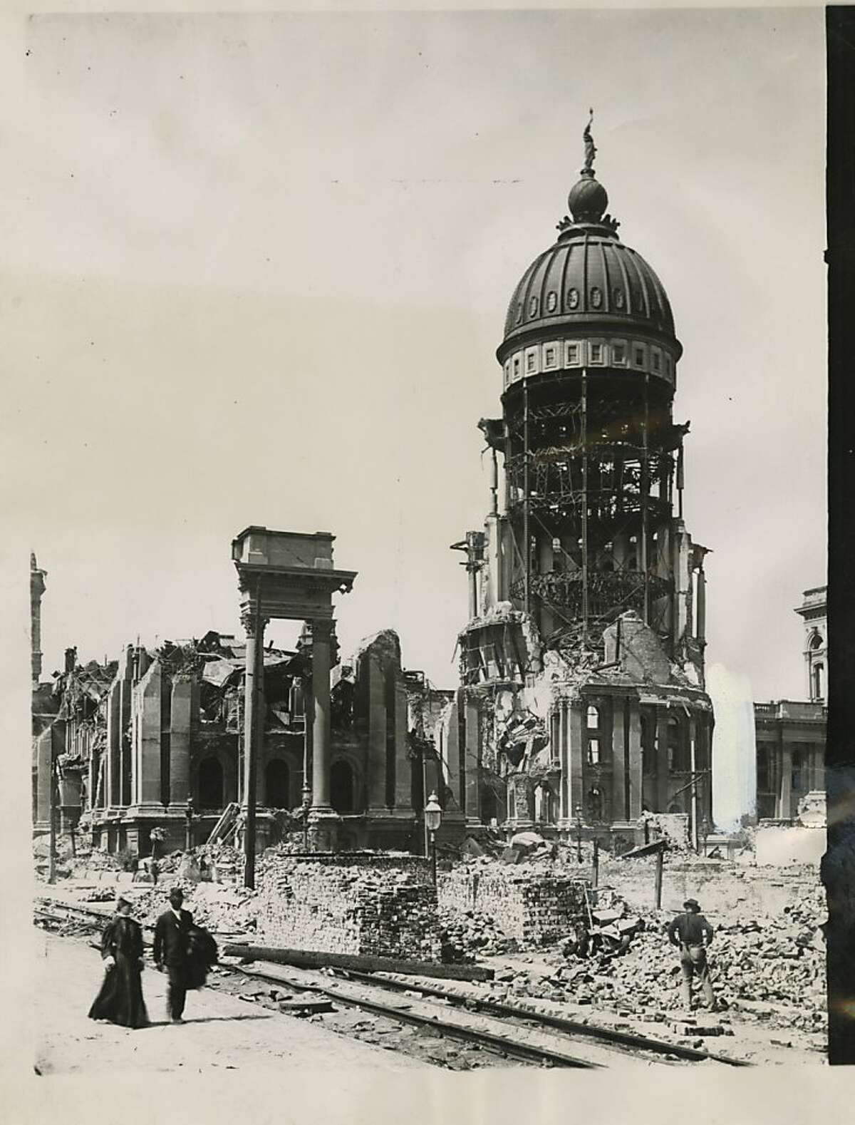 San Francisco City Hall in the aftermath of the 1906 earthquake and fire