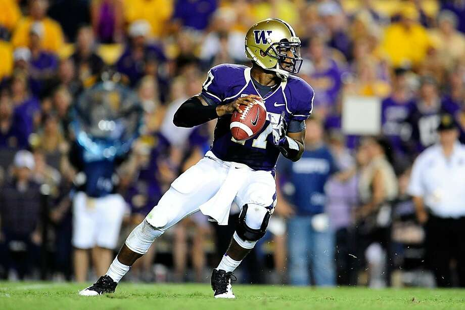 Washington's Keith Price threw for 33 touchdowns in 2011, but the team's defense was its undoing. That might have changed. Photo: Stacy Revere, Getty Images