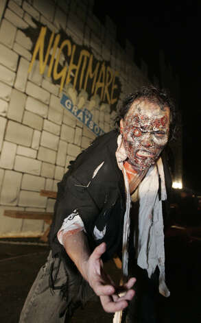 Nightmare on Grayson Street in San Antonio on September 28, 2007. Photo: ALICIA WAGNER CALZADA, SPECIAL TO THE EXPRESS-NEWS / Alicia Wagner Calzada