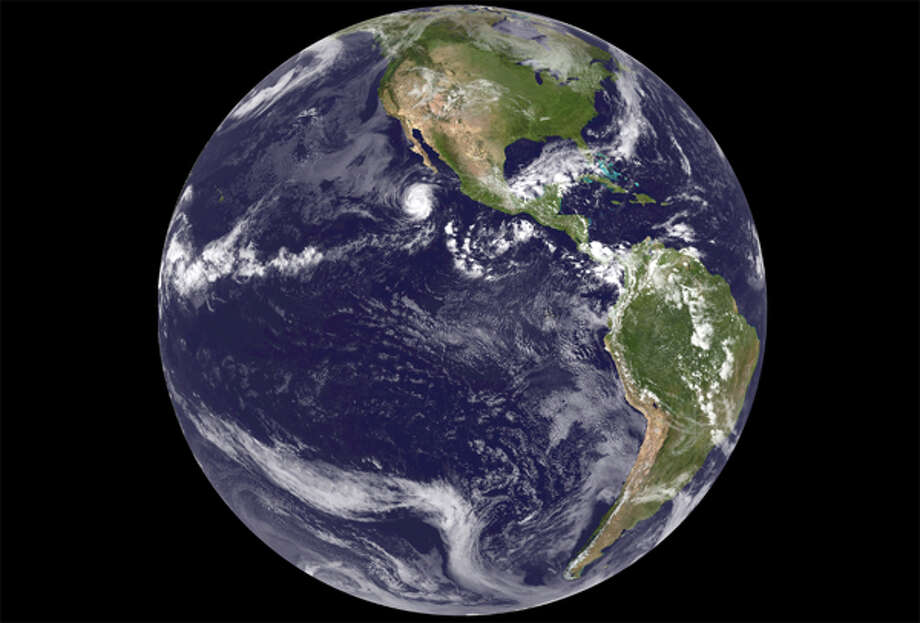This image was acquired from the GOES-14 satellite on September 24, 2012 at 1745z, the first image from GOES-14 while acting as GOES East. (NOAA / EVL) Photo: (NOAA / EVL)
