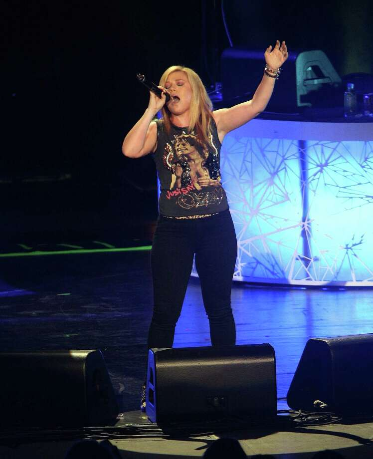 Kelly Clarkson's album sales got a boost in January after she tweeted an endorsement for Libertarian Ron Paul. Photo: Paul Zimmerman, Paul Zimmerman/Getty Images / 2012 Getty Images