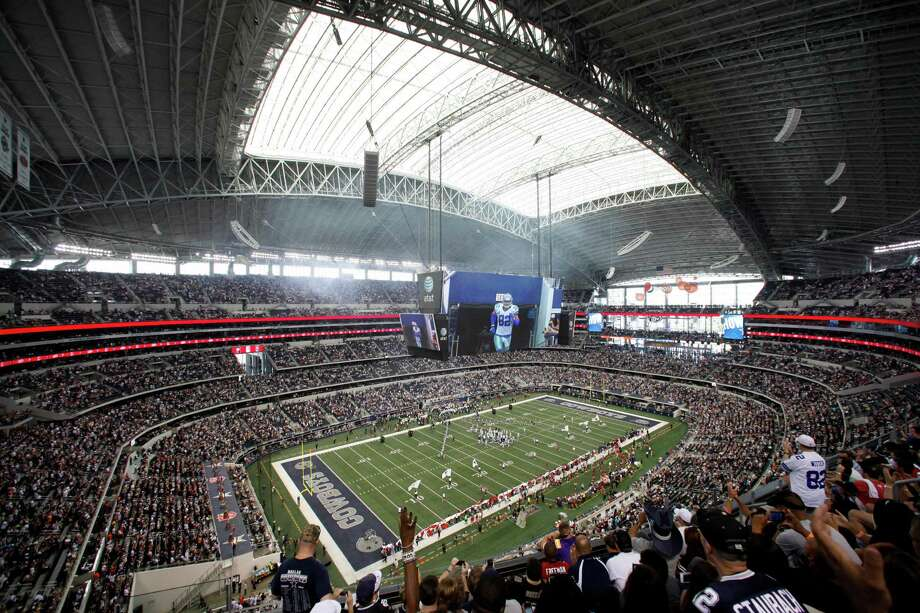 An overview of Cowboys Stadium in the first half of an NFL football game against the Tampa Bay Buccaneers Sunday, Sept. 23, 2012, in Arlington, Texas. (AP Photo/Tim Sharp) Photo: Tim Sharp, FRE / FR62992 AP