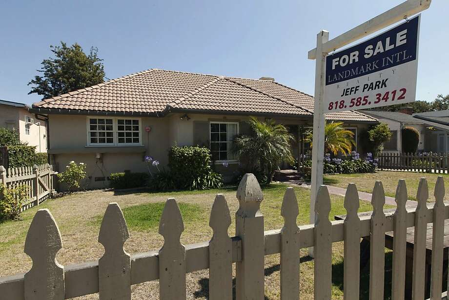 National home prices increased 1.2 percent in July over the year before. The increase in Los Angeles was 0.4 percent. Photo: Damian Dovarganes, Associated Press