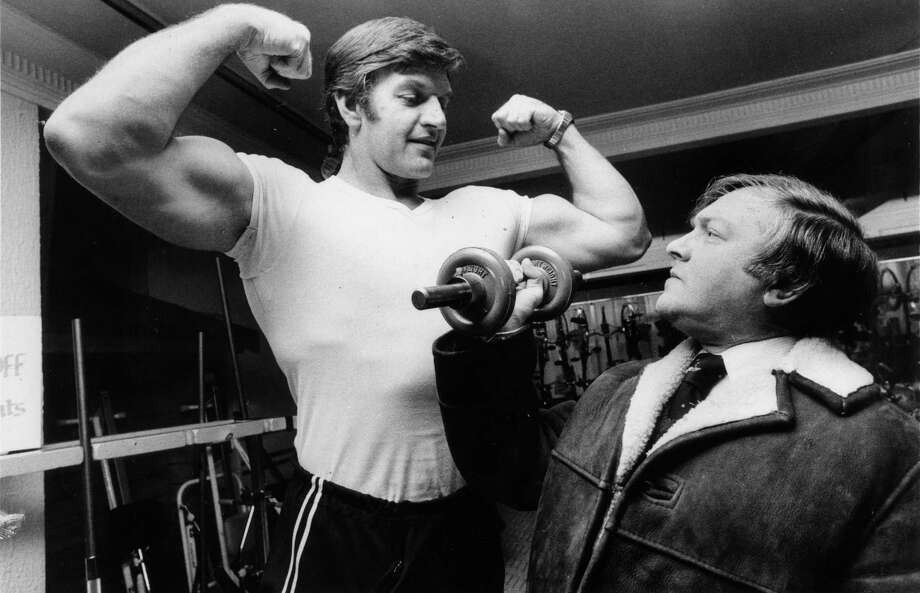 Davide Prowse also worked in the keep-fit department of the London department store Harrods, as shown in this photo from January 13, 1978. Photo: Colin Davey, Getty Images / Hulton Archive