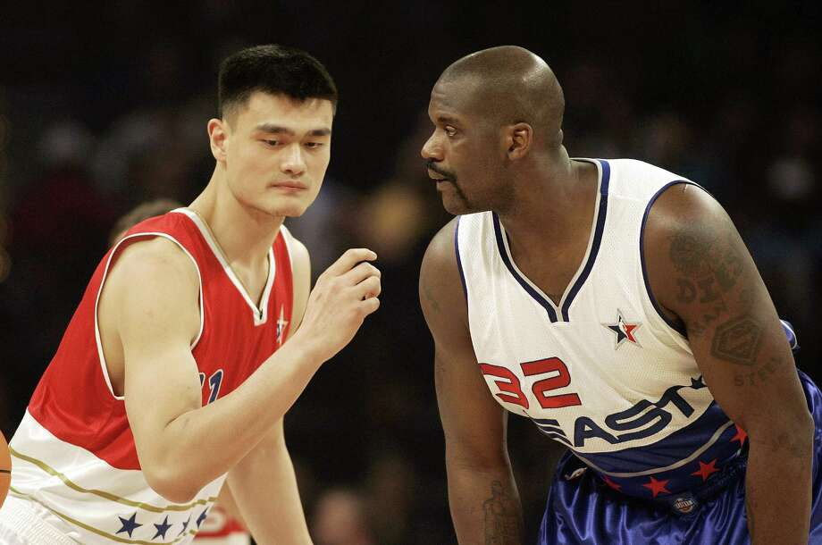 Yao Ming : 2003-09; 2011 Photo: ROBERT SULLIVAN, AFP/Getty Images / AFP