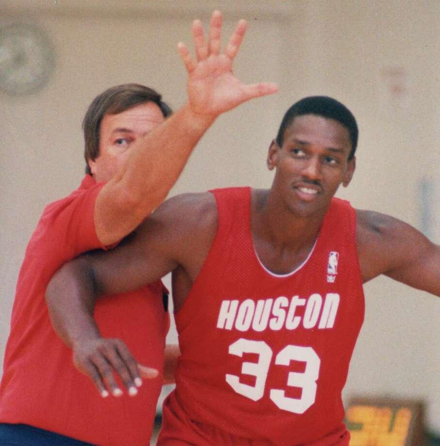 Otis Thorpe: 1992 Photo: Larry Reese, Houston Chronicle / Houston Chronicle