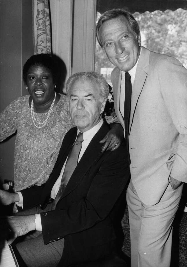 American jazz singer and pianist Sarah 'Sassy' Vaughan (1924 - 1990) with singer Andy Williams (right) and conductor Nelson Riddle who are all to appear in cabaret for the first time together at the Grosvenor House Hotel, London.  Original Publication: People Disc - HM0092 Photo: Central Press, Getty Images / Hulton Archive