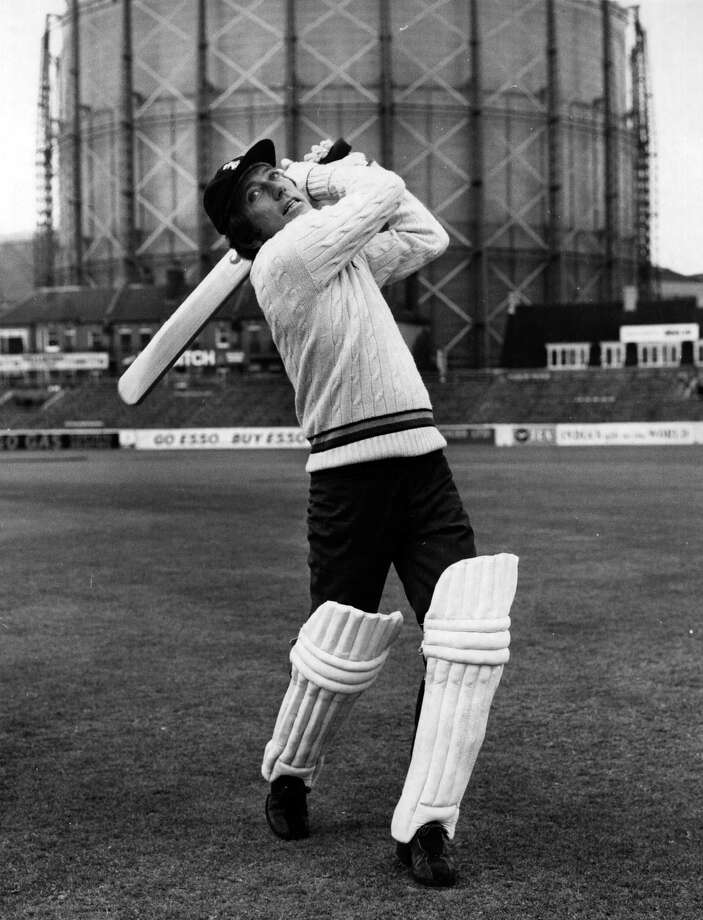 29th July 1972:  Popular American singer Andy Williams gets a bit of cricket practice in at the Oval, London, before making his debut there in a match with the Vic Lewis All Stars VI, who will compete with the Mickey Stewart Surrey VI in the Mickey Stewart 1972 Testimonial Match. Photo: Leonard Burt, Getty Images / Hulton Archive