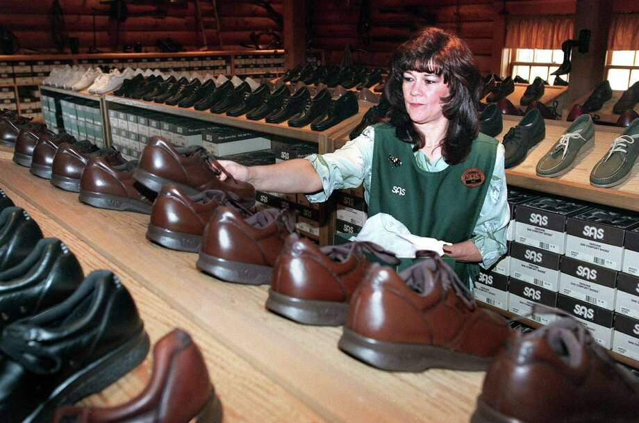 San Antonio Shoemakershas been manufacturing shoes since 1976. Photo: TOM REEL, SAN ANTONIO EXPRESS-NEWS / SAN ANTONIO EXPRESS-NEWS