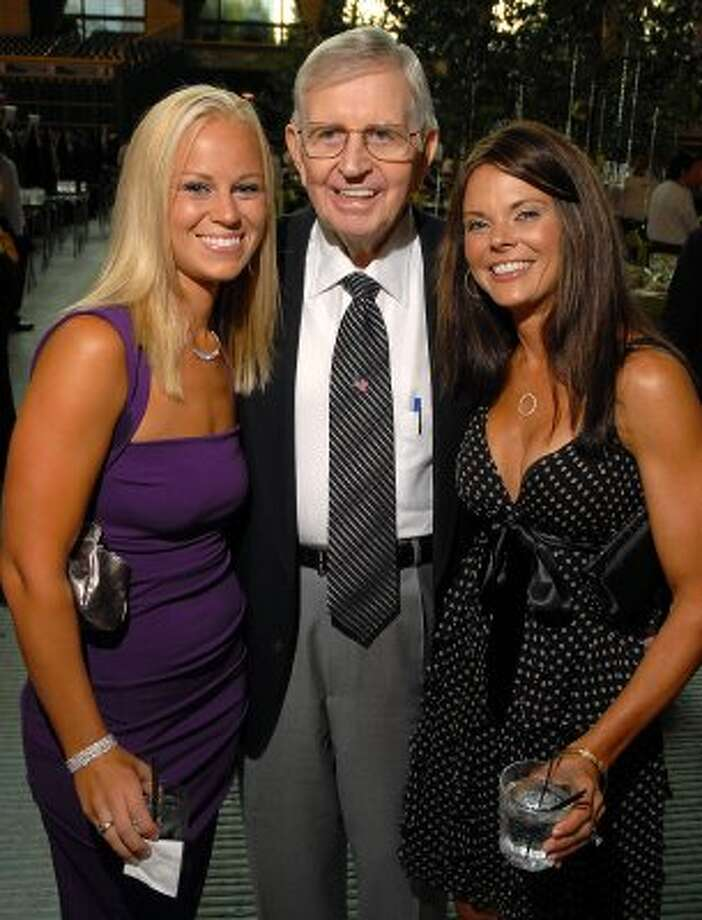 Sarah Pope, Milo Hamilton and Kelly Altic at the Astros Wives Gala in 2008. (Dave Rossman / For the Chronicle)