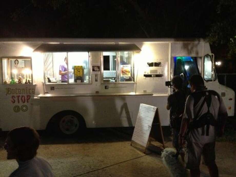 The Fox Telecolombia Latin America film crew setting up a shot./Courtesy of Alamo Street Eat Bar