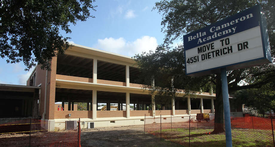 Construction at Cameron began last year and is continuing this summer. Renovations for the school are expected to be complete by the fall. Photo: JOHN DAVENPORT, San Antonio Express-News / San Antonio Express-News