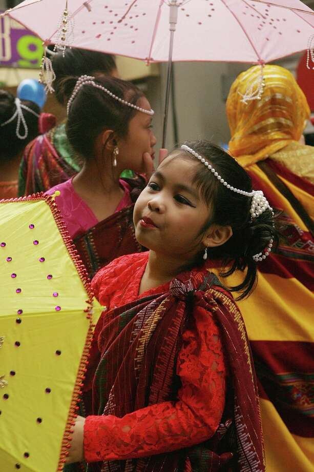 9. Filipino – 2.2 percent of King County residents, or about 44,000 people. Photo: Kathleen Voege, Getty Images / 2004 Getty Images