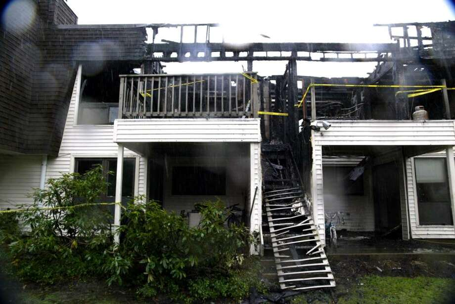 Rear exterior of the scene of an overnight fire at Quincy Condos on Hulls Highway in Fairfield on Wednesday, Dec. 9, 2009. Photo: Phil Noel / Connecticut Post