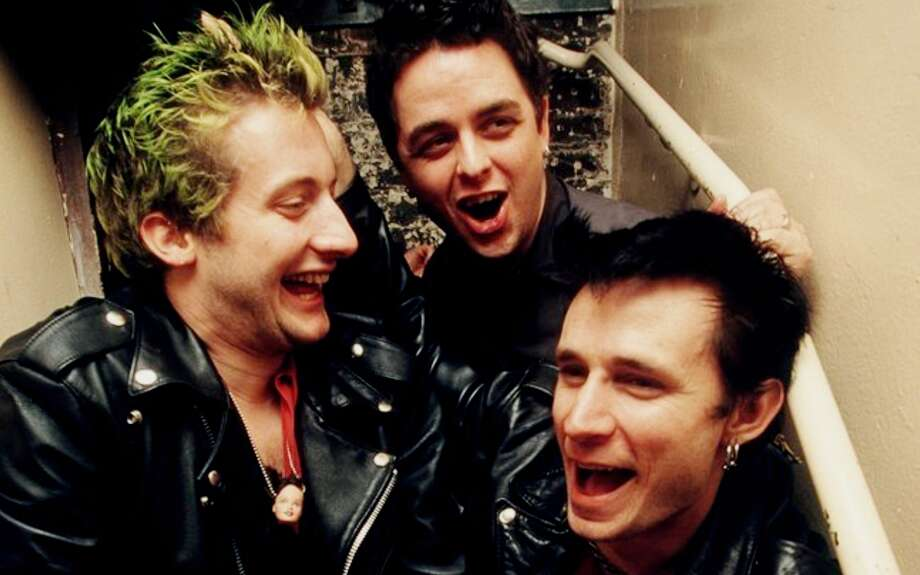 Green Day, 1999: In a particularly humorous stairwell.