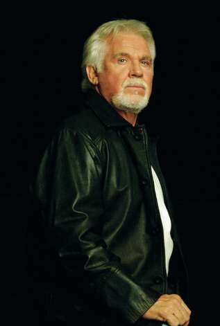 In this undated publicity image released by Dreamcatcher Entertainment, country singer Kenny Rogers is shown. Photo: AP / Dreamcatcher Entertainment