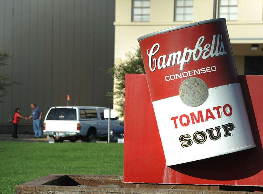 Campbell Soup, which has operated in Sacramento since 1947, is closing its factory, letting 720 workers go. It is one of several company shutdowns there. Photo: Hector Amezcua, McClatchy-Tribune News Service
