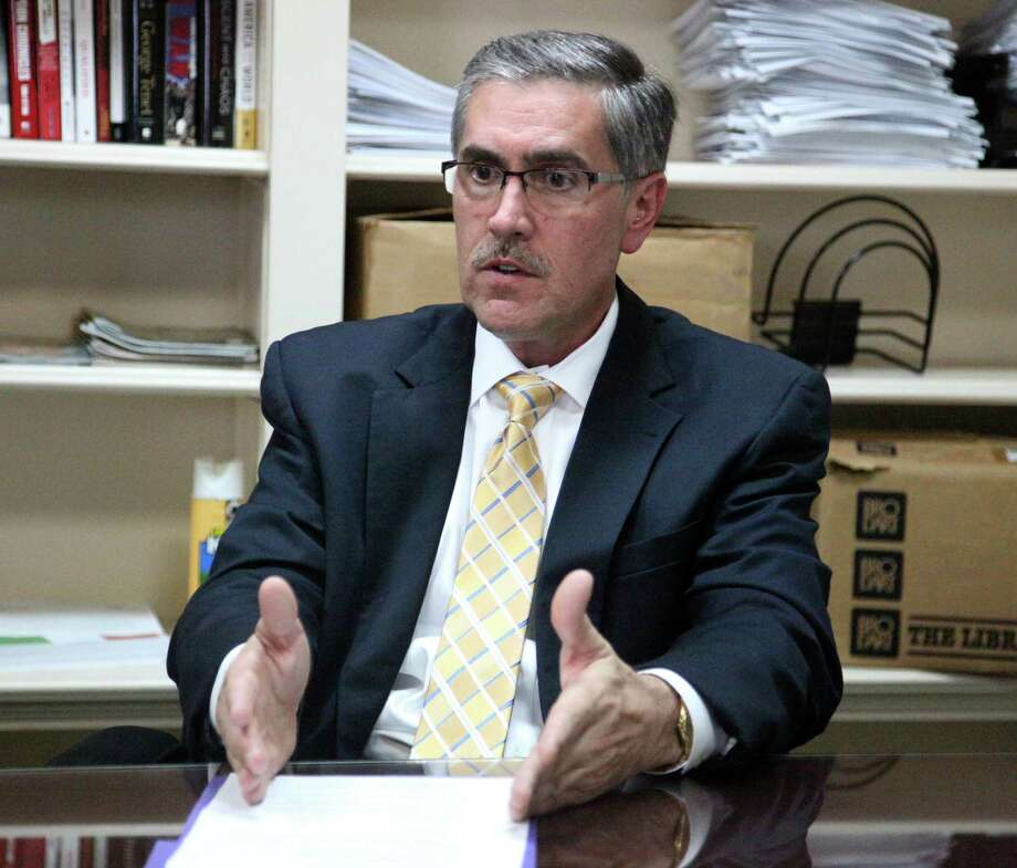 At issue is whether Pat DiGiovanni violated the ethics code by being on the selection panel for a $300 million contract while negotiating a job with a nonprofit whose executive board includes the head of the company that won the pact. Photo: Juanito M. Garza, San Antonio Express-News / San Antonio Express-News