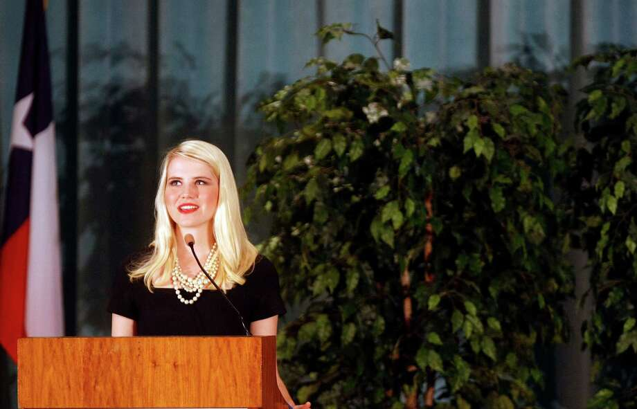Elizabeth Smart In Town Houston Chronicle