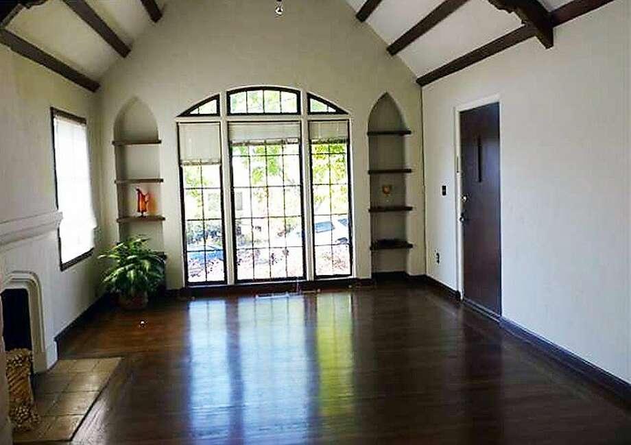 Oakland, $775,000 563-5 Crofton Ave. Photo: Re/Max Accord