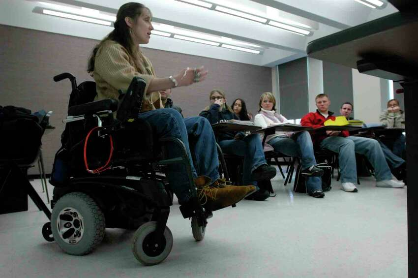 Constance Laymon talks to students in The Drama of Disability class at the University at Albany in this 2005 photo. (Paul Buckowski / Times Union archive)