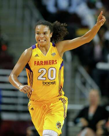 Los Angeles Sparks' Kristi Toliver makes her way down the court after making a basket during game 1 of a WNBA Western Conference Semifinal against the San Antonio Silver Stars in Los Angeles, Thursday, Sept. 27, 2012. The Sparks won 93-86. (AP Photo/Jae C. Hong) Photo: Jae C. Hong, Associated Press / AP