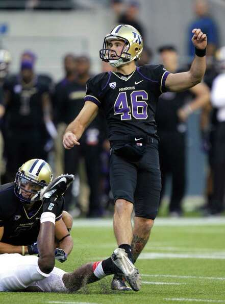 Washington's Travis Coons watches his field goal against Stanford.  (AP Photo/Ted S. Warren)