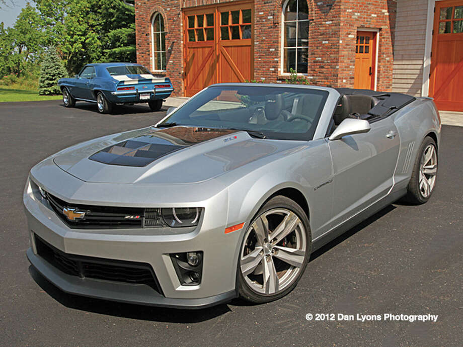 2013 Chevy Camaro ZL1 convertible (photo by Dan Lyons) / copyright: Dan Lyons - 2012