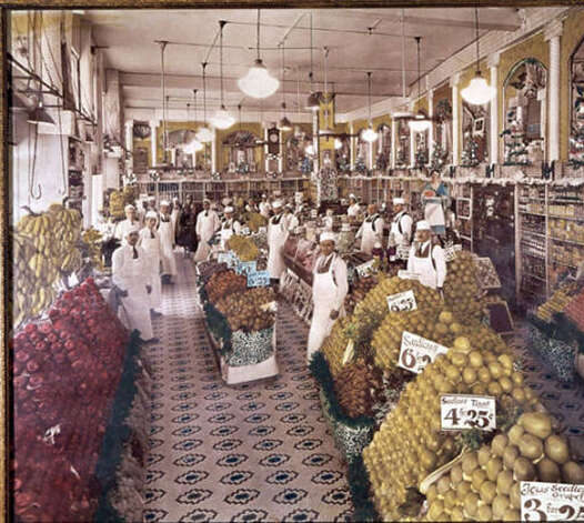 Interior of Garden Fruit Store No. 1, San Antonio, Texas, circa 1930/UTSA Libraries Special Collections from the Institute of Texan Cultures