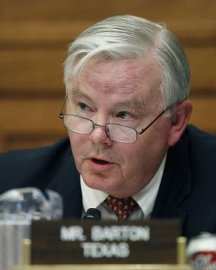 """FILE - In this June 17, 2010 file photo, Rep. Joe Barton, R-Texas,questions BP CEO Tony Hayward during the House Oversight and Investigations subcommittee hearing on the role of BP in the Deepwater Horizon Explosion and oil spill on Capitol Hill in Washington. During the hearing Barton accused the White House of doing a $20 billion """"shakedown"""" by pushing BP to create compensation fund for Gulf oil victims. Erin Ryan, a tea party activist in Redding, Calif., said Barton was correct to use the word """"shakedown.""""  (AP Photo/Alex Brandon, File) (AP)"""