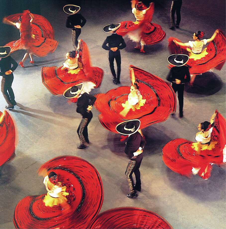 Ballet Folklorico de Mexico de Amalia Hernandez Photo: Mysa