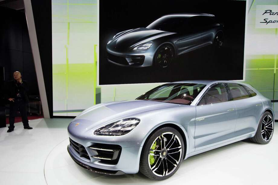 A Porsche Panamera is presented during the press days ahead of the opening of the Paris Motor Show on Sept. 27, 2012. Photo: JOEL SAGET, AFP/Getty Images / 2012 AFP