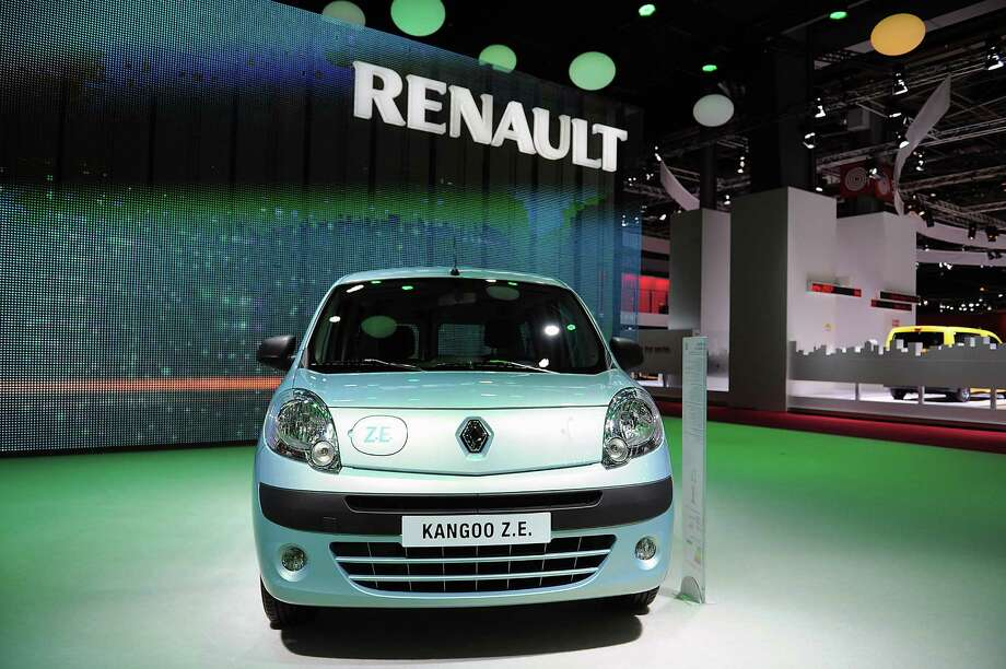 A Renault Kangoo Z.E. electric car sits on display at the Paris Motor Show on Sept. 28, 2012. Photo: Antoine Antoniol, Getty Images / 2012 Getty Images