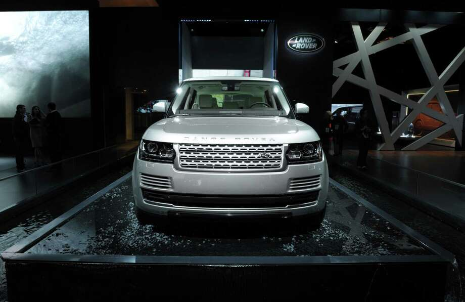 A Range Rover is presented  is presented during the press days of the Paris Motor Show on Sept. 27, 2012. Photo: AFP, AFP/Getty Images / 2012 AFP