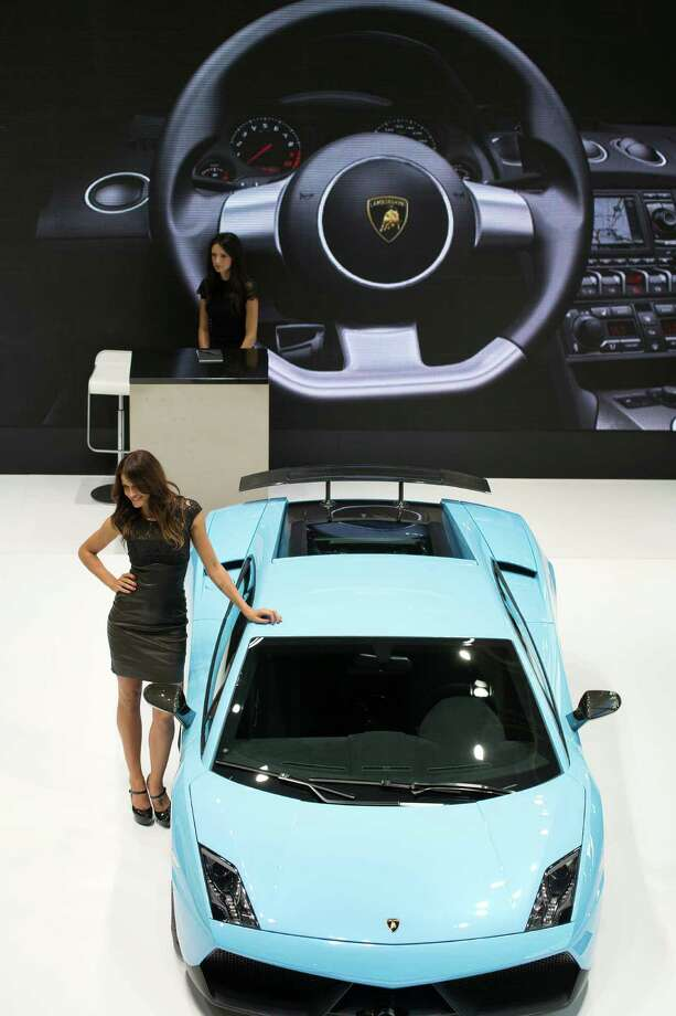 A Lamborghini Gallardo LP-560-4is displayed during the press days of the Paris Motor Show on Sept. 28, 2012. Photo: JOEL SAGET, AFP/Getty Images / 2012 AFP