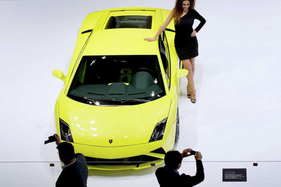 A Lamborghini Gallardo LP-560-4 is displayed during the press days of the Paris Motor Show on Sept. 28, 2012. Photo: JOEL SAGET, AFP/Getty Images / 2012 AFP