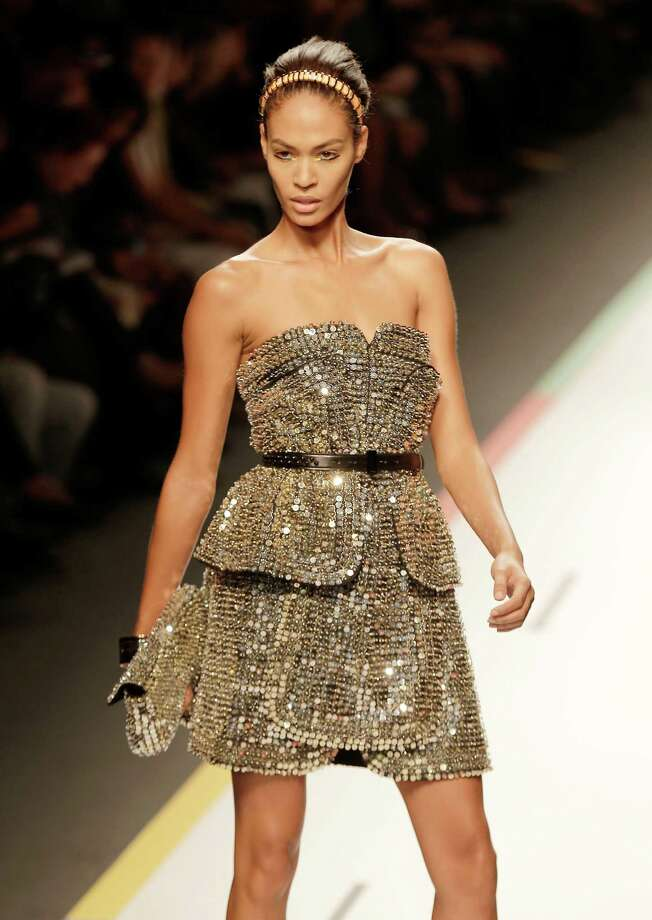 A model wears a creation as part of the Fendi collection. Photo: Antonio Calanni, ASSOCIATED PRESS / AP2012