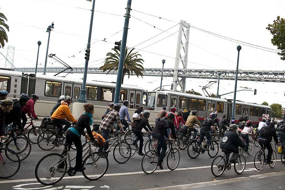 An Embarcadero lane will be reserved for bikes this weekend. Photo: Jason Henry, Special To The Chronicle