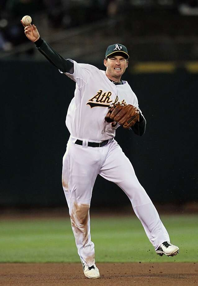 The A's paid shortstop Stephen Drew a $1.35 million buyout after Drew's option for 2013 was mutually declined. Photo: Lance Iversen, The Chronicle