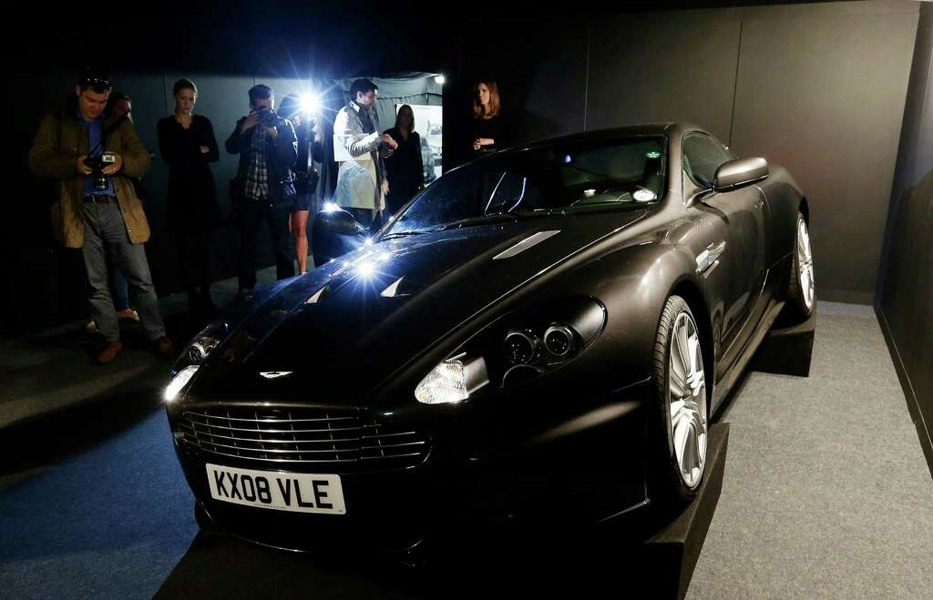 aston martin james bond quantum of solace. the 2008 aston martin 6 litre v12 dbs 2 door coupe used by daniel craig as james bond quantum of solace