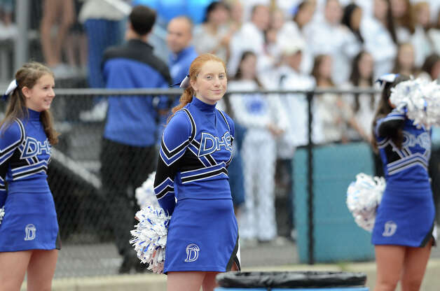 Darien High School hosts St. Joseph High School in varsity football in Darien, CT on Sept. 29, 2012. Photo: Shelley Cryan / Shelley Cryan for the Stamford Advocate/ freelance Shelley Cryan