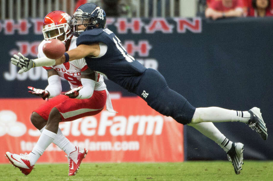 Rice cornerback Phillip Gaines owns the school record for pass breakups with 29. Photo: Smiley N. Pool, Houston Chronicle / © 2012  Houston Chronicle
