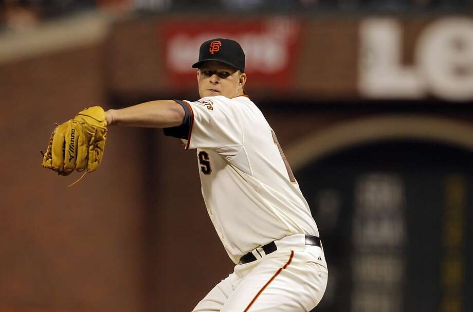 Matt Cain pitches for the Giants against the Diamondbacks. The San Francisco Giants played the Arizona Diamondbacks at AT&T Park in San Francisco, Calif., on Wednesday, September 26, 2012, defeating the Diamondbacks 6-0 Photo: Carlos Avila Gonzalez, The Chronicle