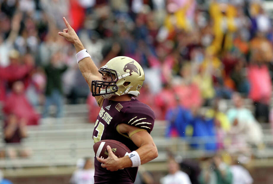 Bobcat receiver Andy Erickson scores a first half touchdown as Texas State hosts Nevada at Bobcat Stadium on September 29, 2012. Photo: Tom Reel, Express-News / ©2012 San Antono Express-News